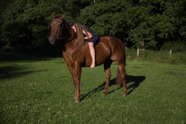 girl'n'horse