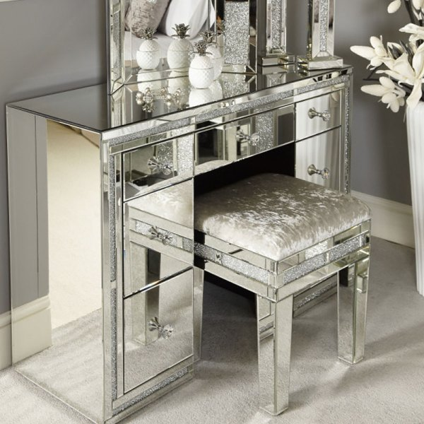Diamond Mirrored Table