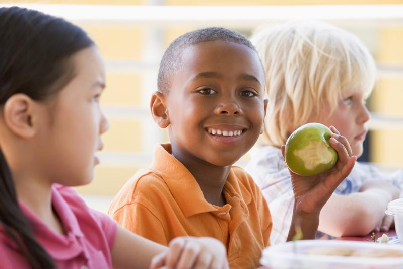 Discuss lunchtime rituals with administrators so you know your child's eating schedule.