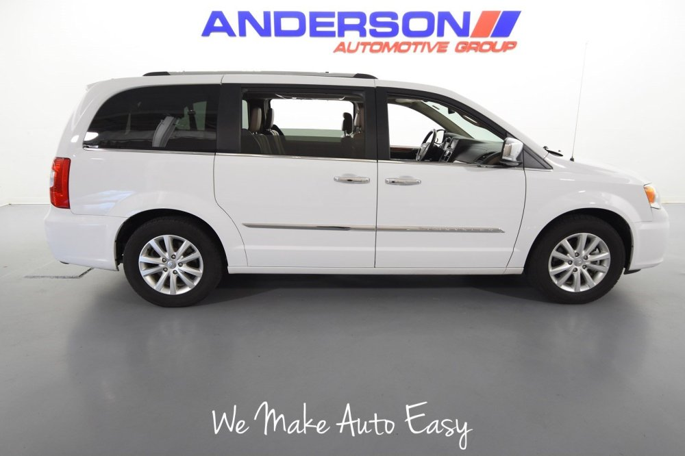 medium resolution of 2015 chrysler town country limited platinum van
