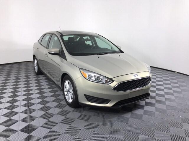 medium resolution of used 2016 fordfocus se sedan
