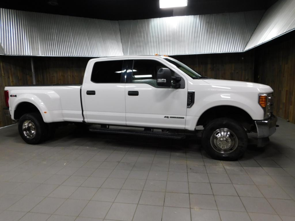 hight resolution of 2017 ford f 350 xlt crew cab v8 turbo