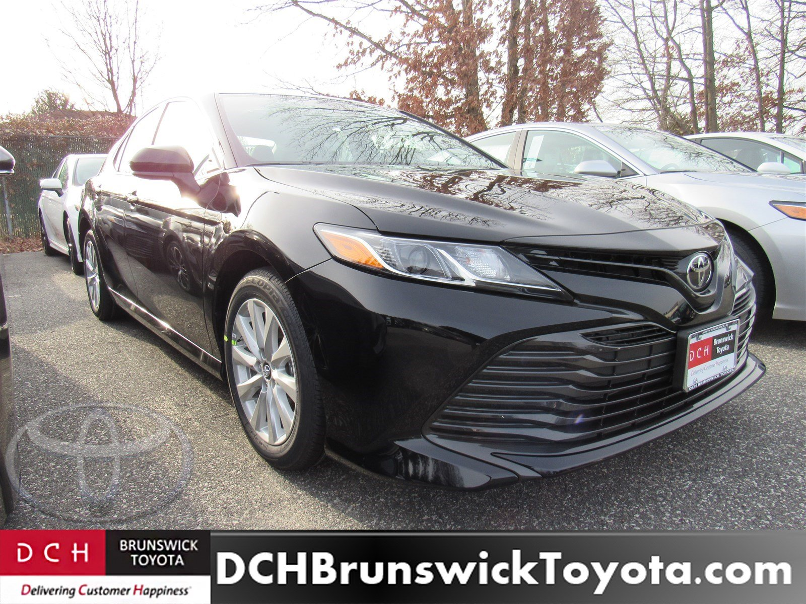 is the new camry all wheel drive kijang innova reborn 2019 toyota sedan midnight black for sale in north le front