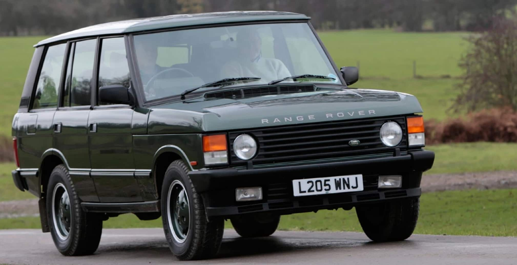 Buy a Vintage Range Rover Through the Land Rover Reborn Program