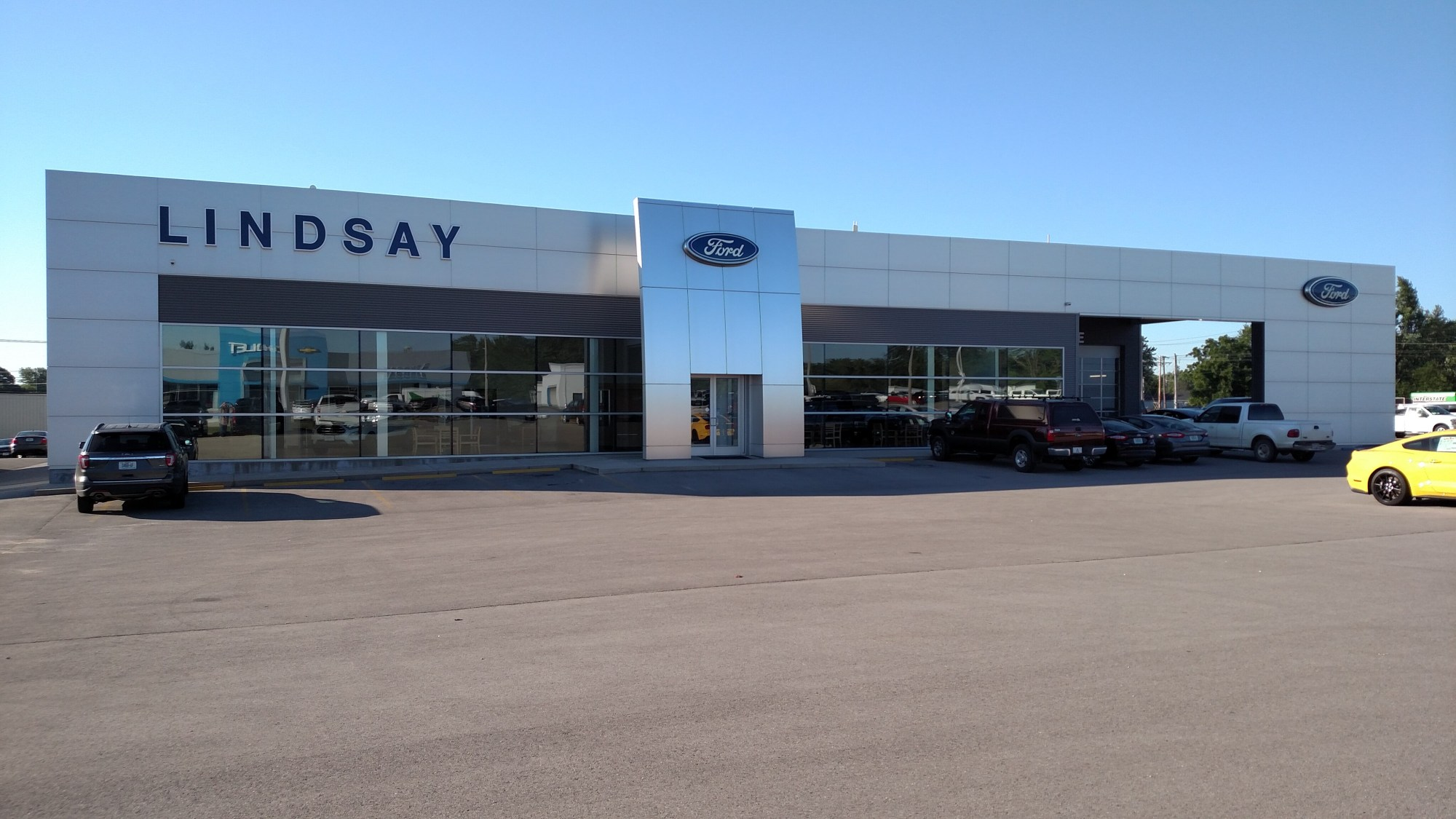 welcome to lindsay auto group chevrolet chrysler dodge ford jeep ram [ 2000 x 1125 Pixel ]