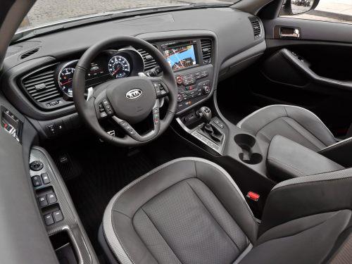small resolution of 2013 kia sedona interior