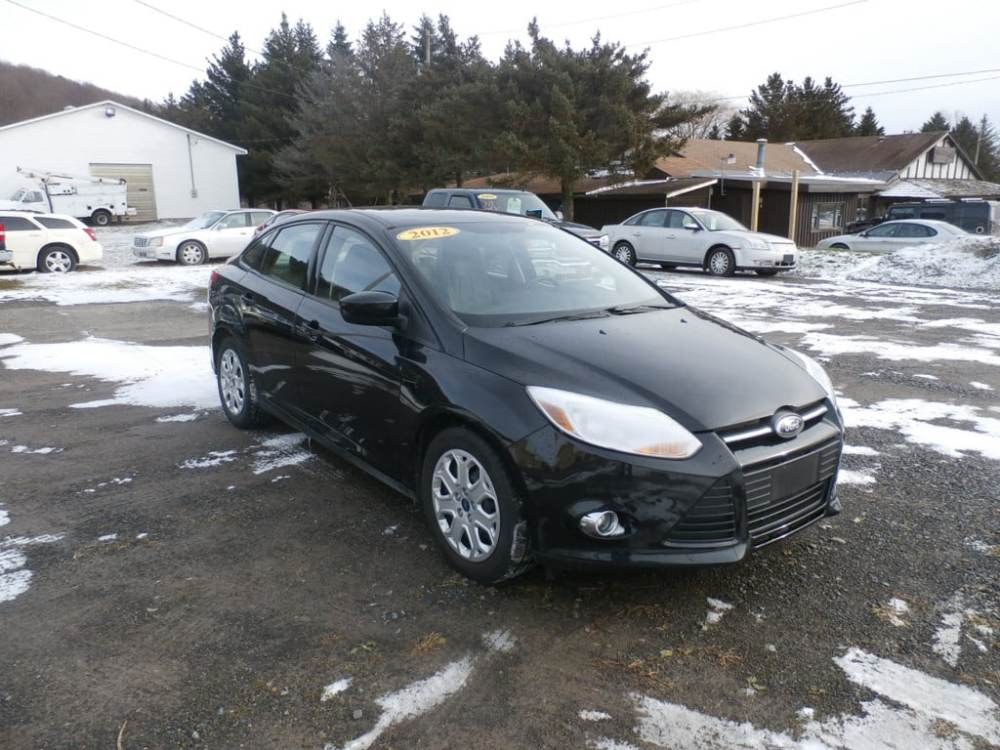 medium resolution of used 2012 fordfocus se sedan