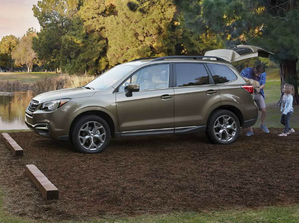 Updated 2017 Subaru Forester Prices Rise 125 525 News Car