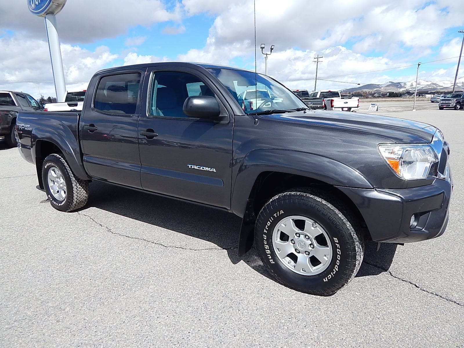 hight resolution of used 2015 toyotatacoma truck double cab