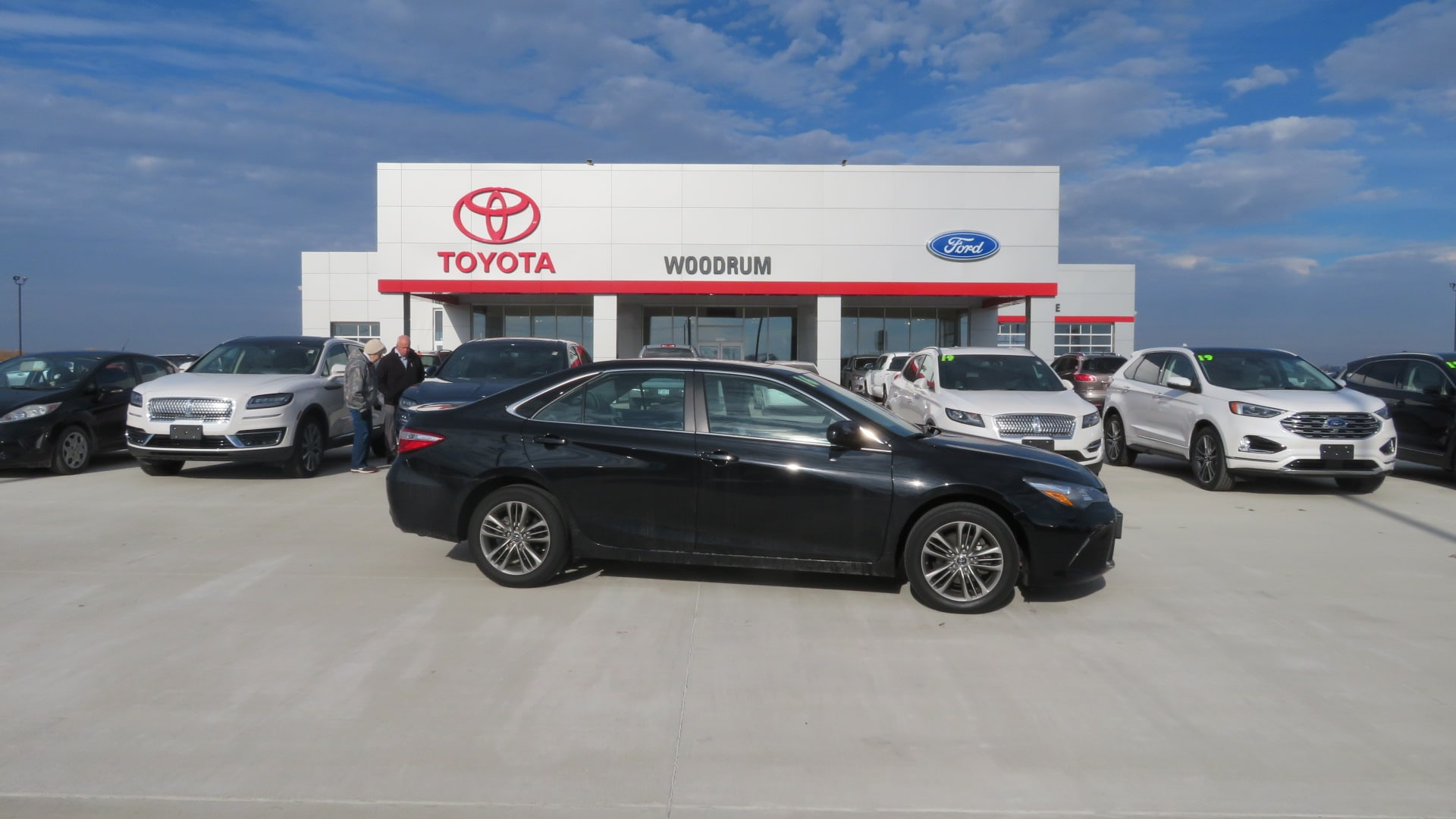 is the new camry all wheel drive no mesin grand avanza used 2016 toyota for sale macomb il 4t1bf1fk9gu505264 se sedan