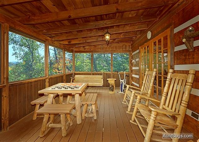 At Wild Turkey 122  1 Bedroom Cabins  Pigeon Forge