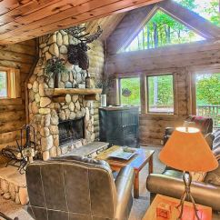 Sofa Sleeper For Cabin Cisco Brothers Leather Sofas Boyne Falls Mi United States 803 Mountain Northern Spacious Living Room With Wood Burning Fireplace Lots Of Natural Light And Queen