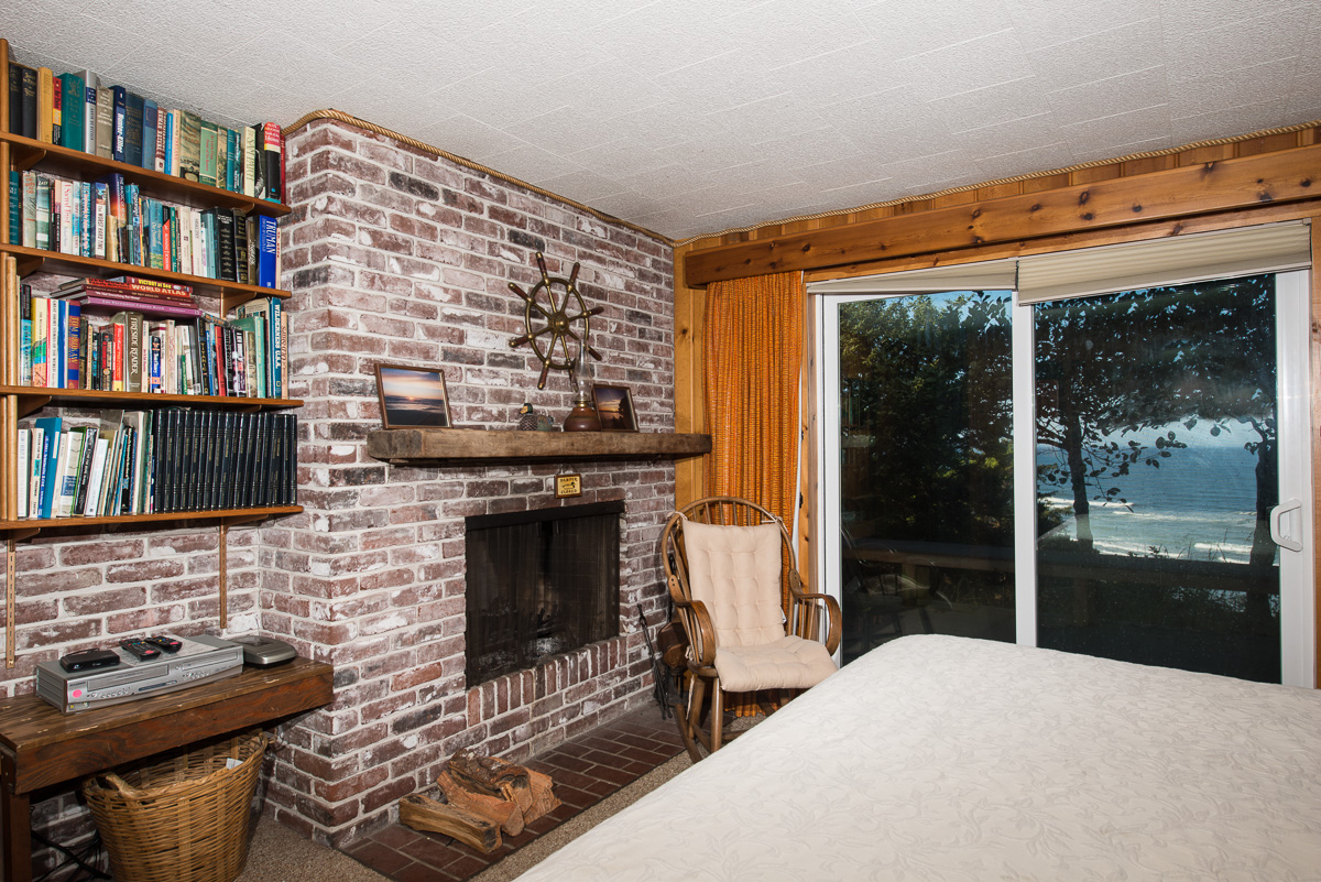 simply sofas crows nest chaise lounge sofa bed with storage crow s oregon beach vacation rentals