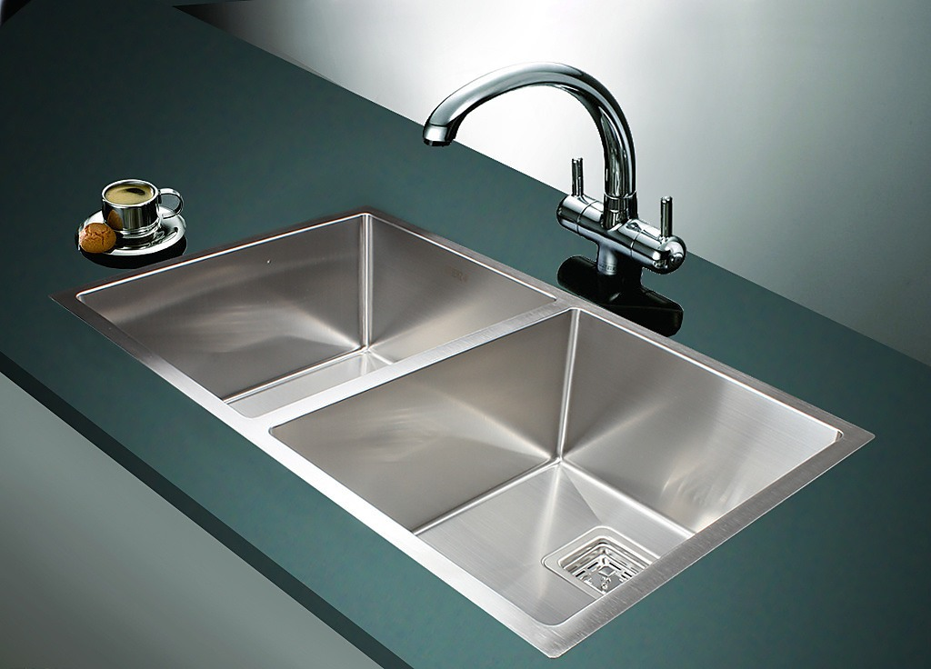 835x505mm Handmade 1.5mm Stainless Steel Sink With Square