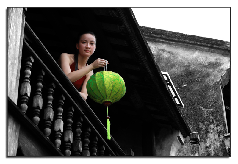 https://i0.wp.com/pictures.hoian.vn/wp-content/gallery/sac-mau-hoi-an-hoi-an-colors/co-gai-nguoi-thai-nguyen-tai-nha-so-9-nth.jpg