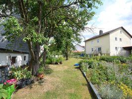 Vermietete Wohnung mit großem Garten zu verkaufen