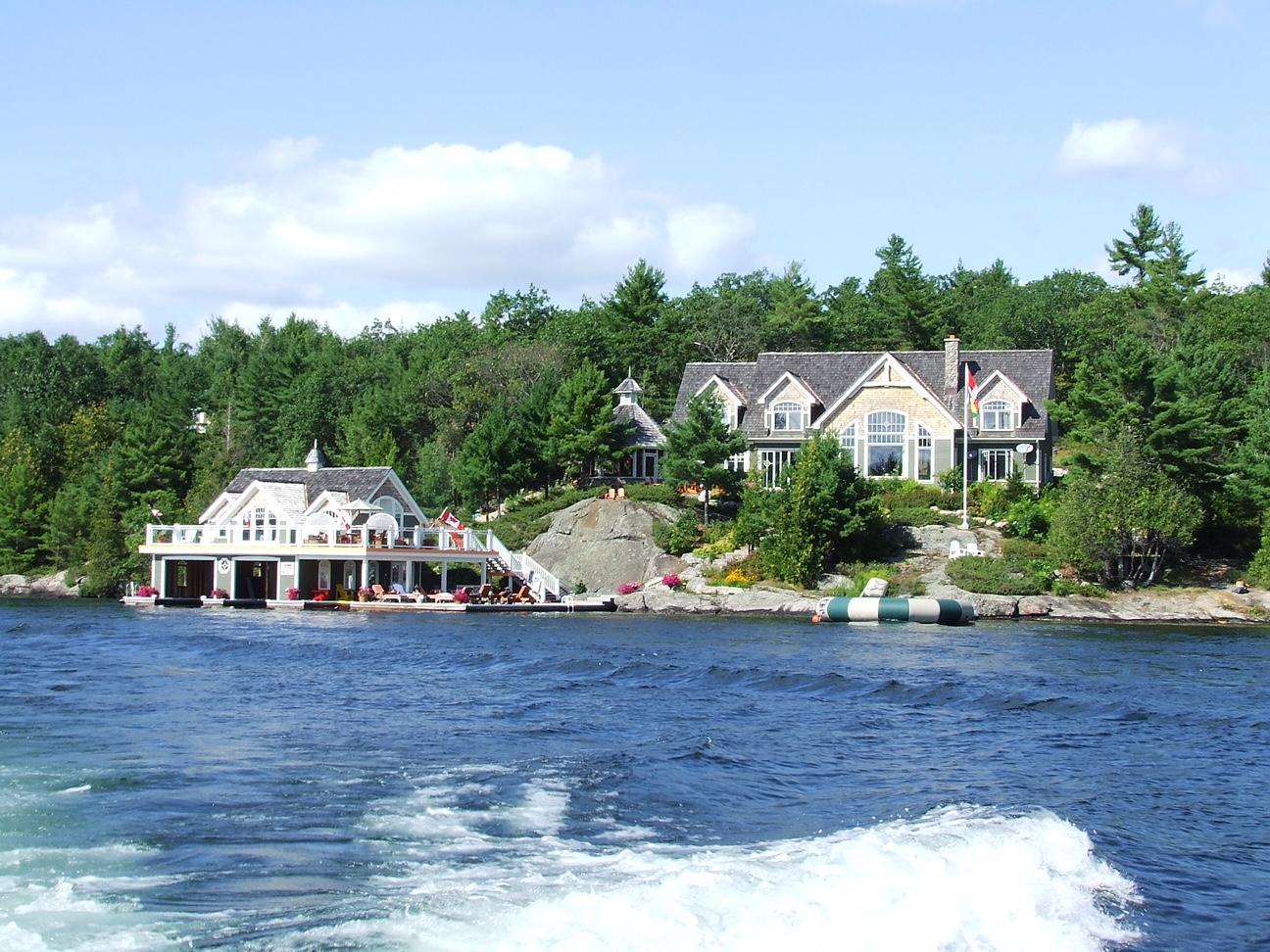 Fall Cape Cod Wallpaper Lake Joe Wonderland Jayne S Cottages Luxury Muskoka