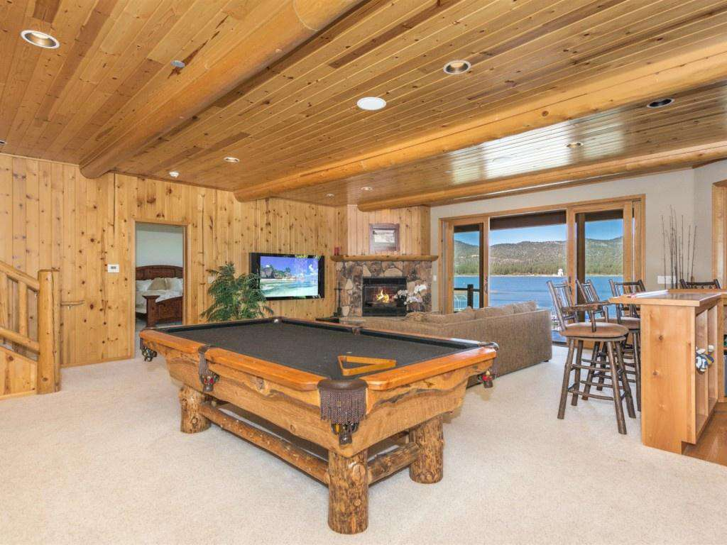 Pool Table with Views!