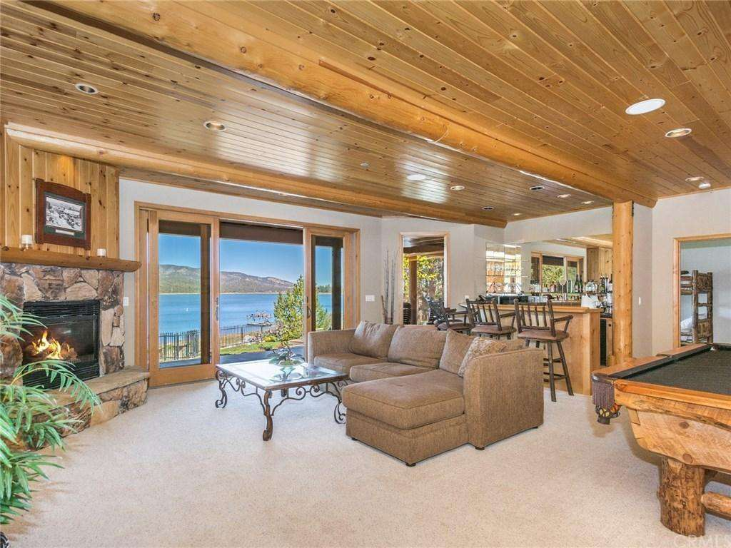 Game Room with Views!