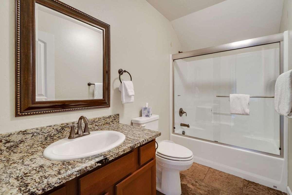 Black Bear IV Upstairs Suite Bathroom