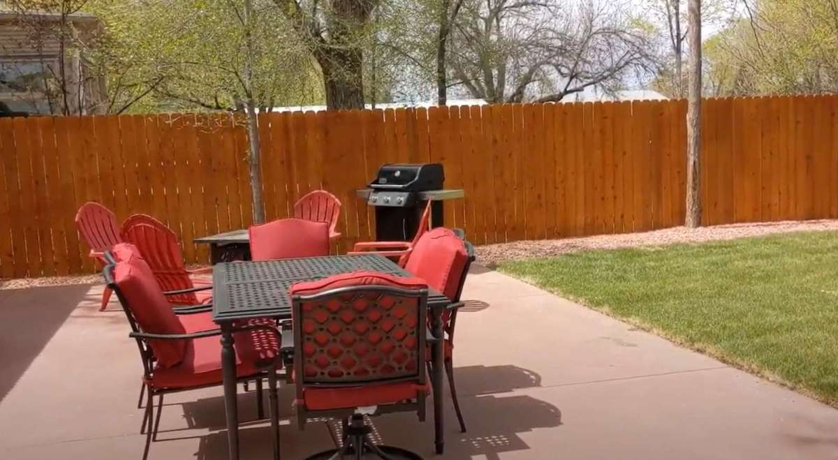 Enjoy a relaxing evening with friends around the patio table or the fire pit.
