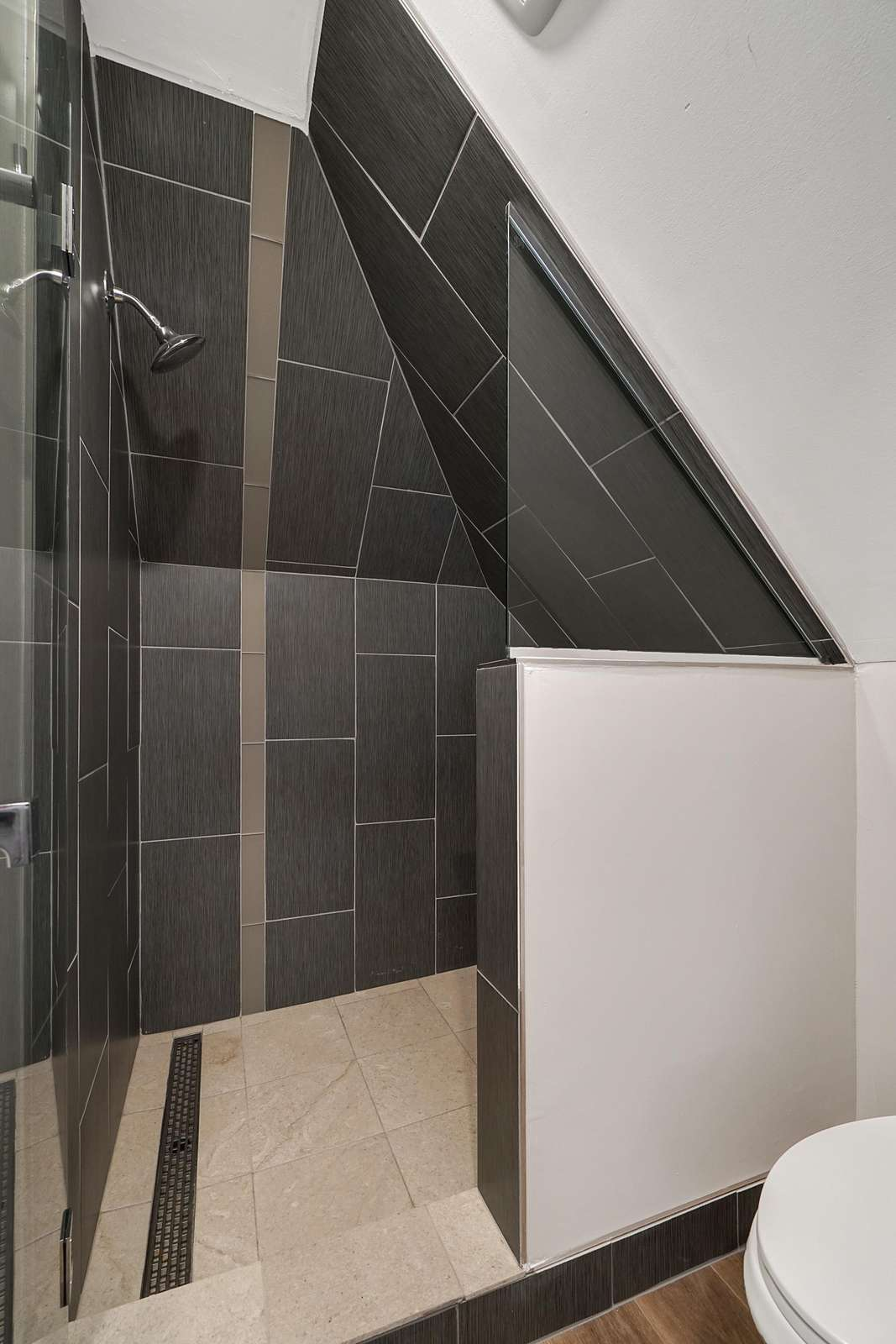 Amazing walk in shower for easy in/out access