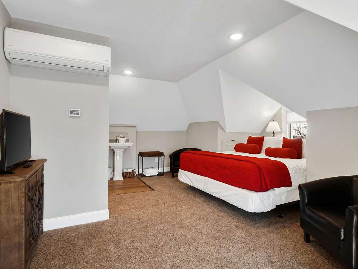 Roomy seating area in Master Suite