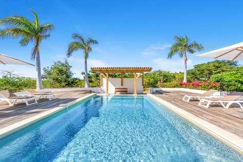 La Hacienda - 2 Bedroom Villa