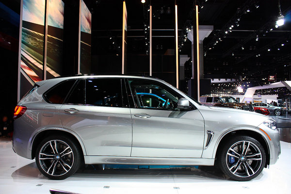 2015 BMW X5 M  car review  Top Speed