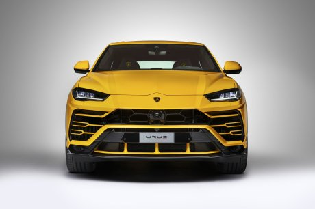 Mixes Aventador and Huracan with SUV tradition