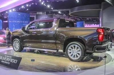 2019 Chevrolet Silverado - image 760469