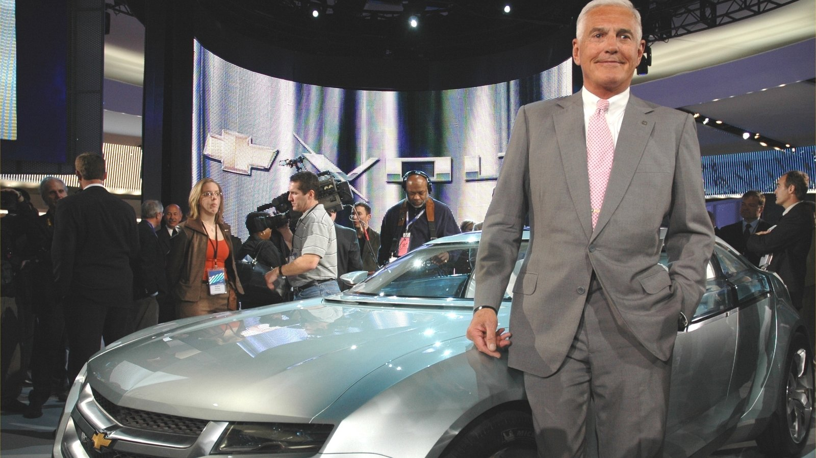 Geely Invests In Bob Lutz S Via Motors And Its Electric