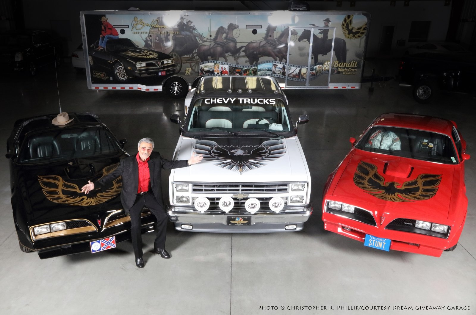 Three Burt Reynolds Movie Cars Sell For 330k In Vegas