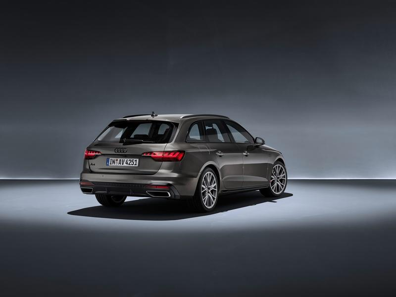 2020 Audi A4 Avant   Top Speed