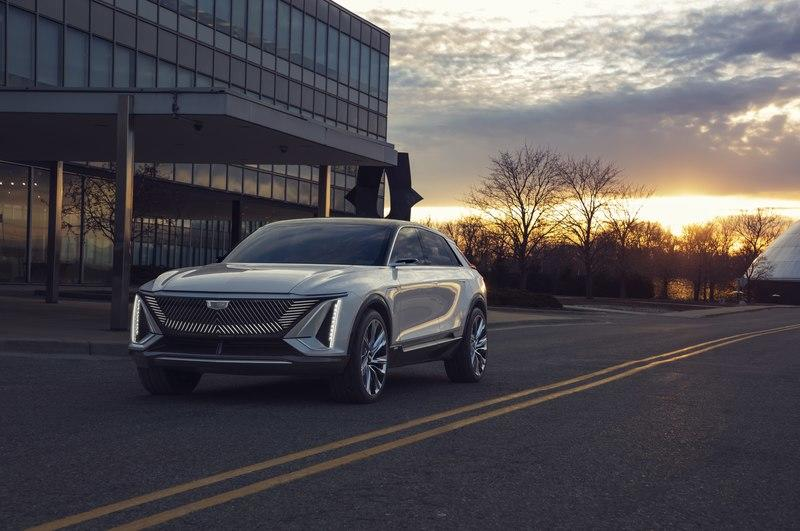 2023 Cadillac Lyriq EV – Futuristic Styling and Tech That Won't Make It To Production Exterior - image 927145