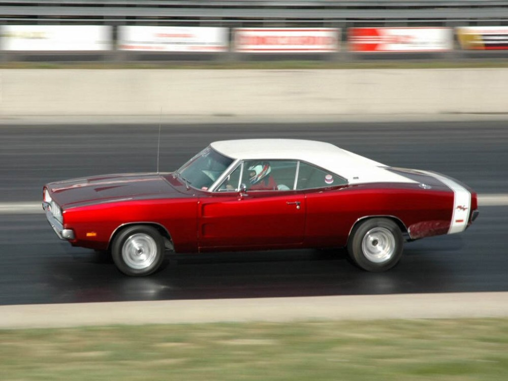 medium resolution of 1968 1978 dodge charger rt history top speed