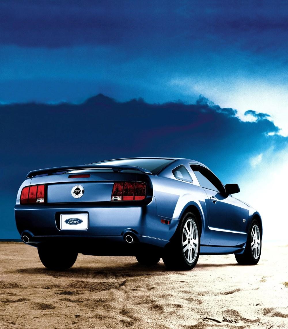 medium resolution of 2007 ford mustang gt top speed