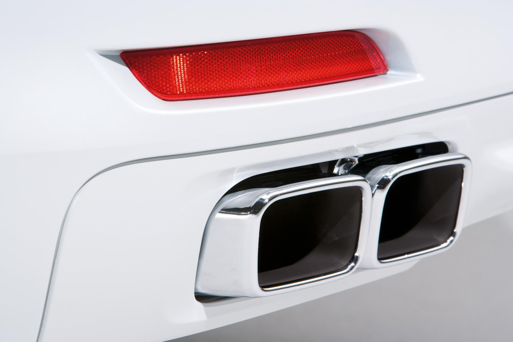 hight resolution of 2010 bmw 760i and 760li top speed
