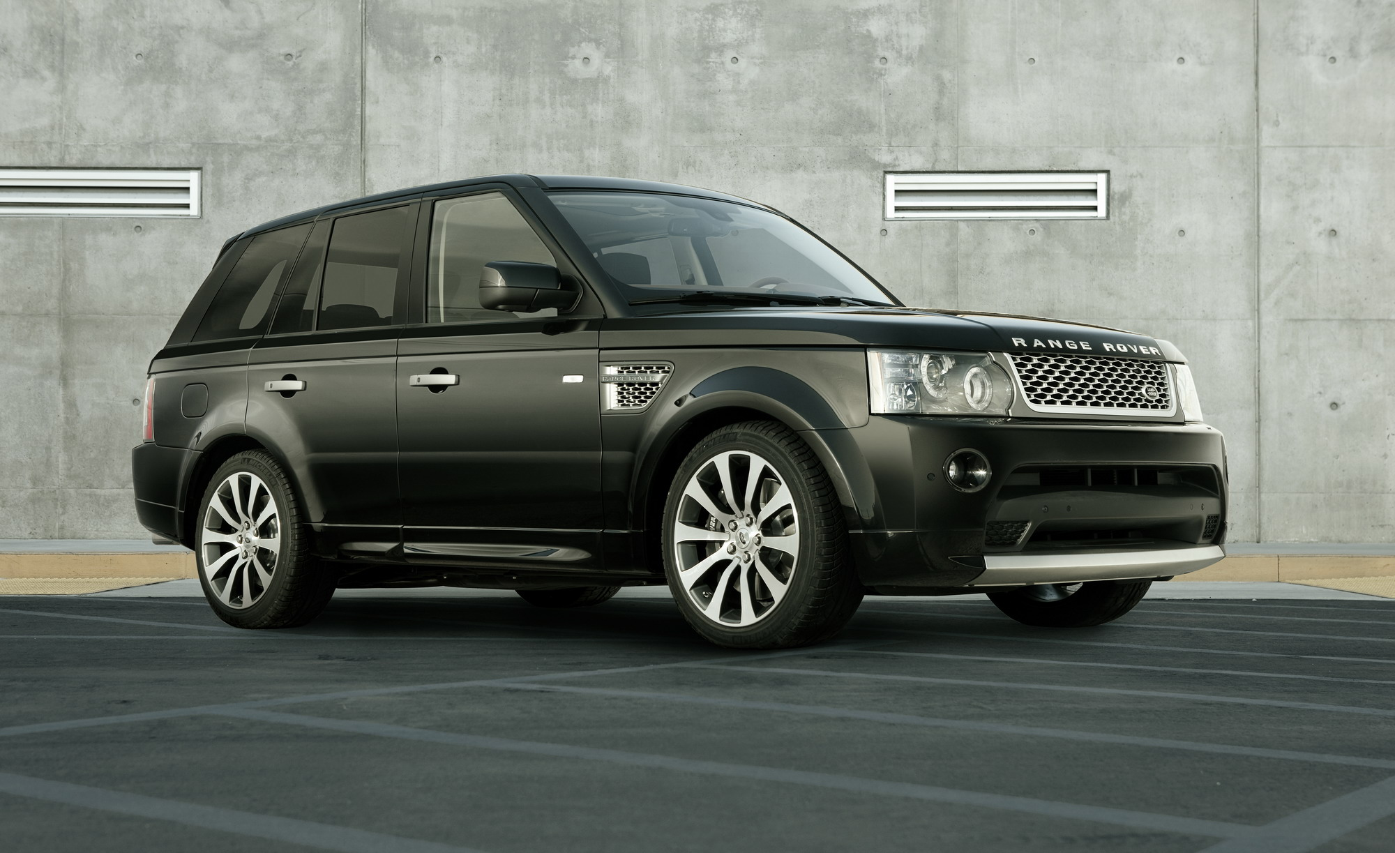 Land Rover Range Rover Sport Reviews Specs & Prices Top Speed