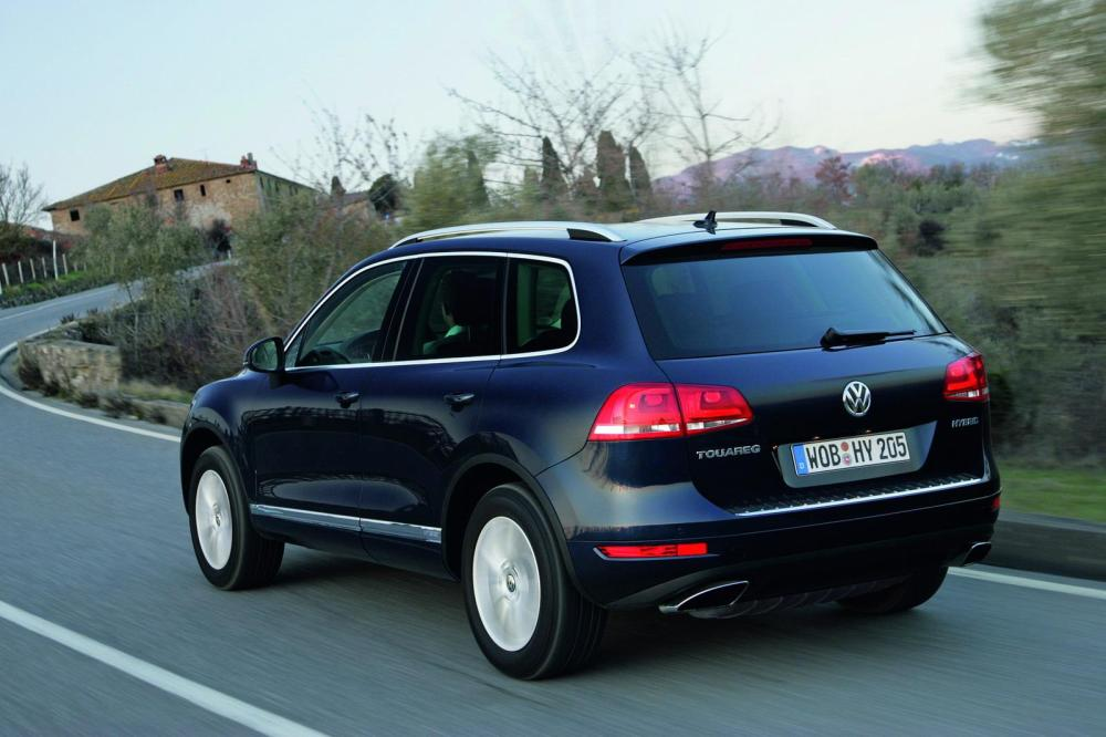 medium resolution of 2011 volkswagen touareg hybrid top speed