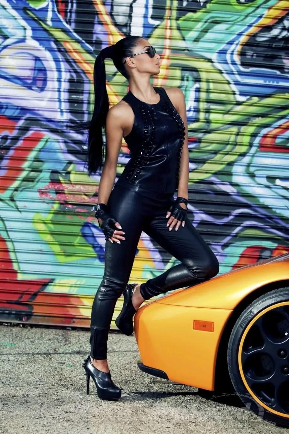 Exotic Car Photos Wallpaper Babes On Wheels Nicole Scherzinger Tames A Lamborghini