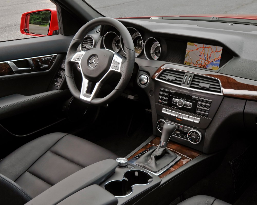 medium resolution of 2010 mercede c 300 interior