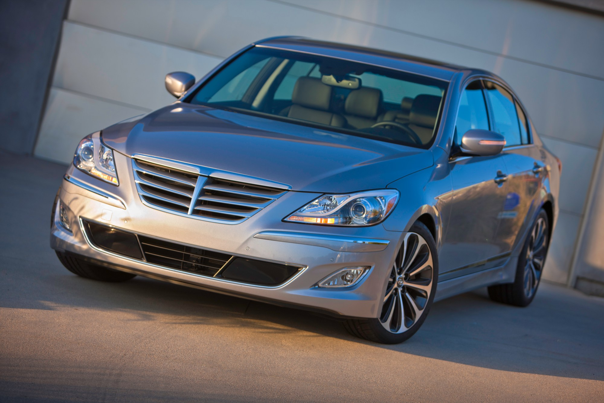 hight resolution of 2013 hyundai genesis sedan