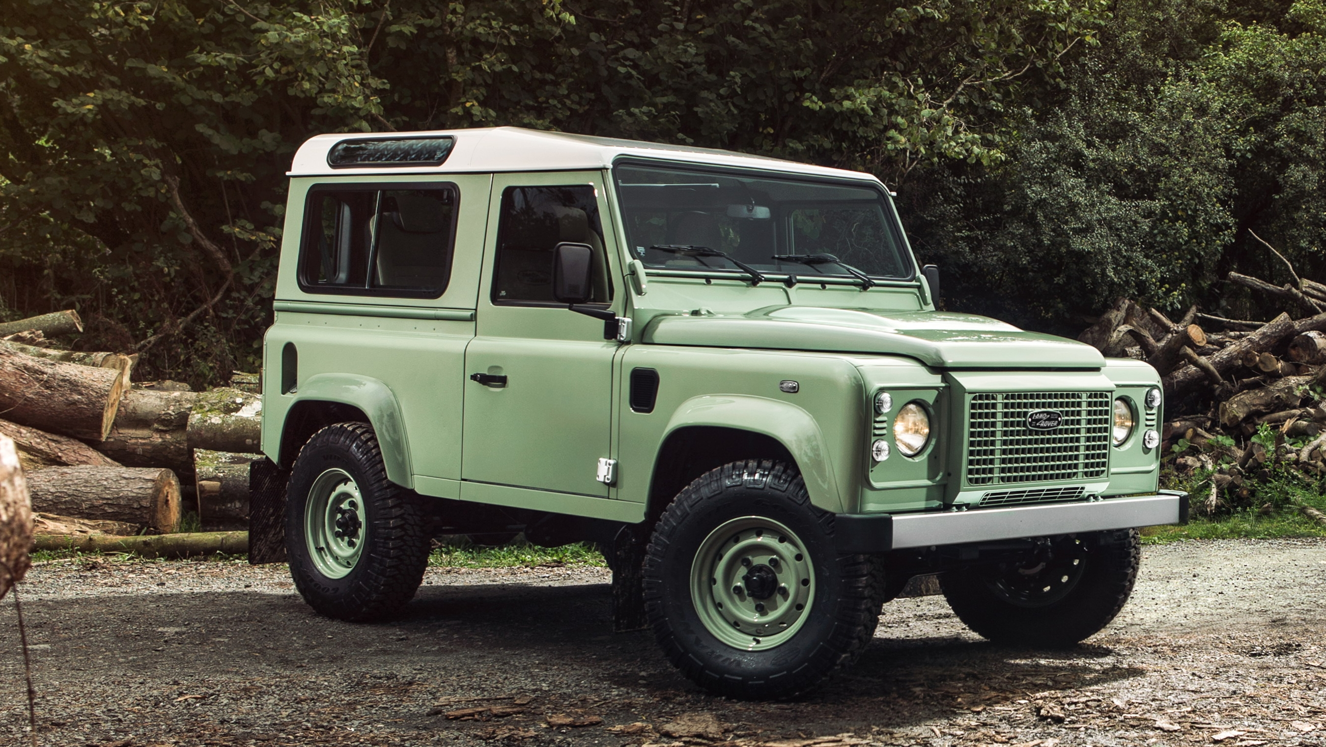 Next Gen Land Rover Defender Reported For 2019 Debut News