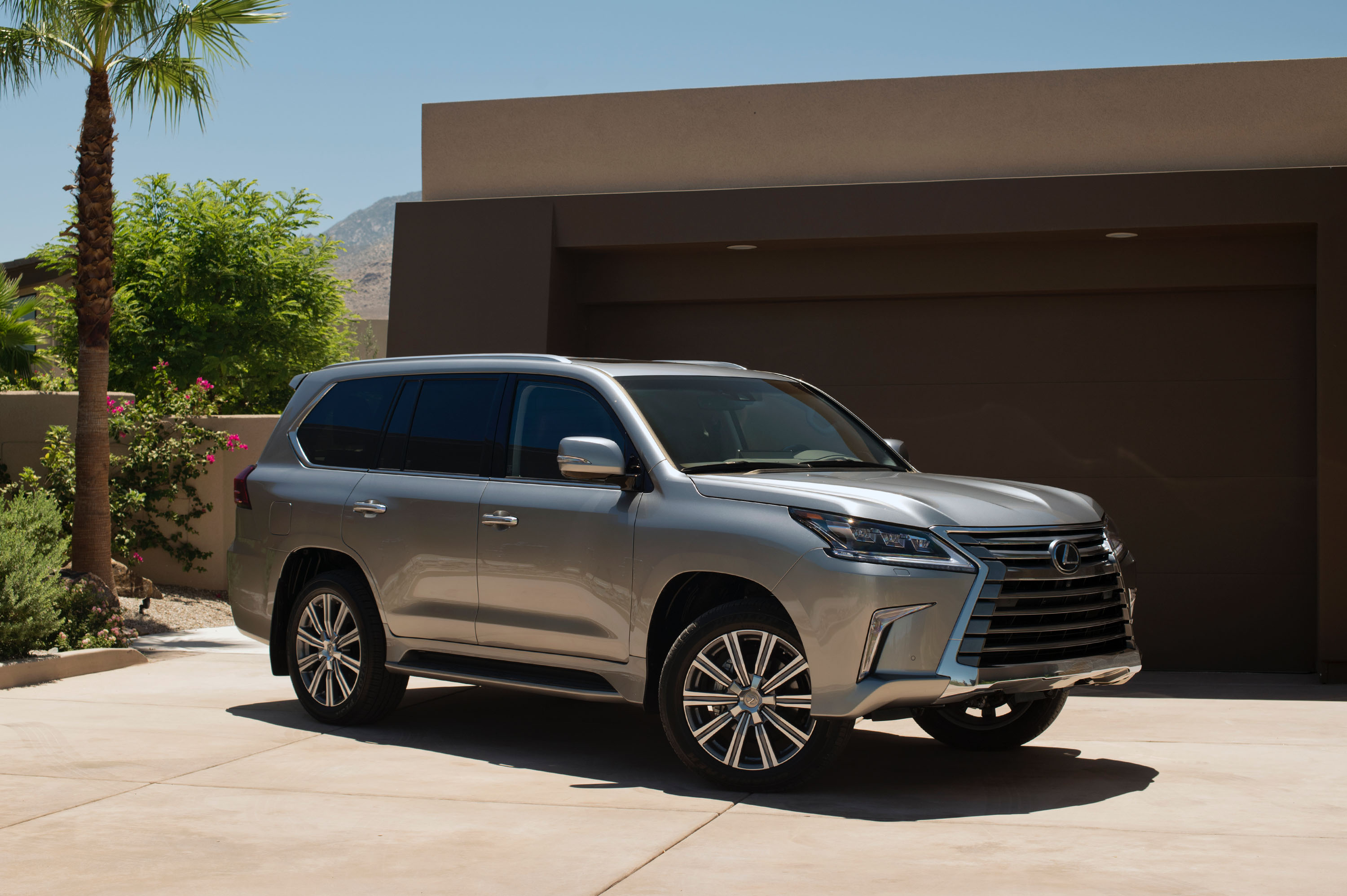 2016 Lexus LX 570 Review Top Speed