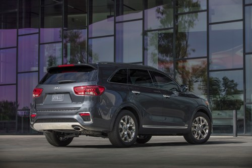 small resolution of updated kia sorento unveiled in l a with new features diesel engine confirmed top speed