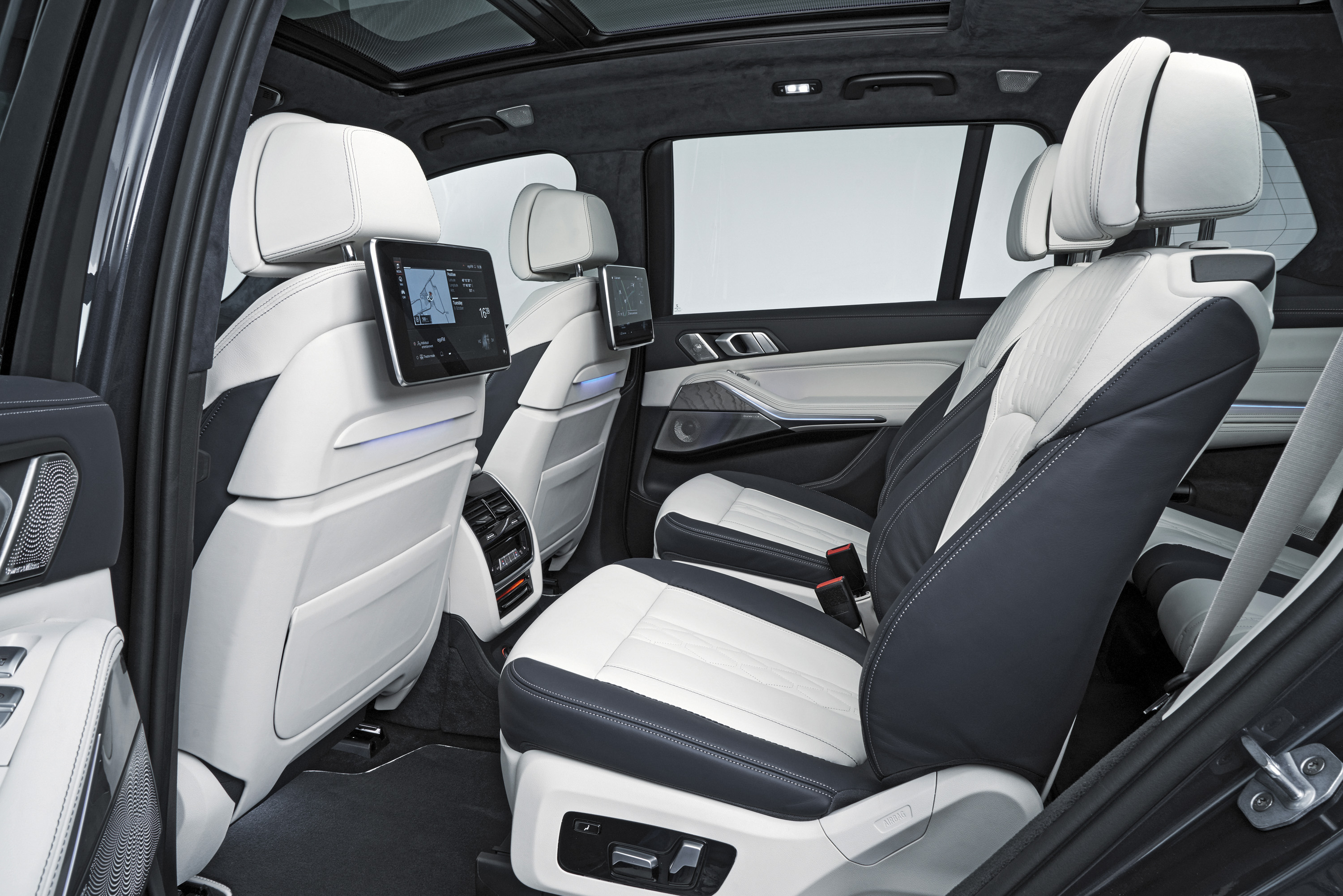 Suv With Captain Chairs Love It Or Leave It The 2019 Bmw X7 Top Speed