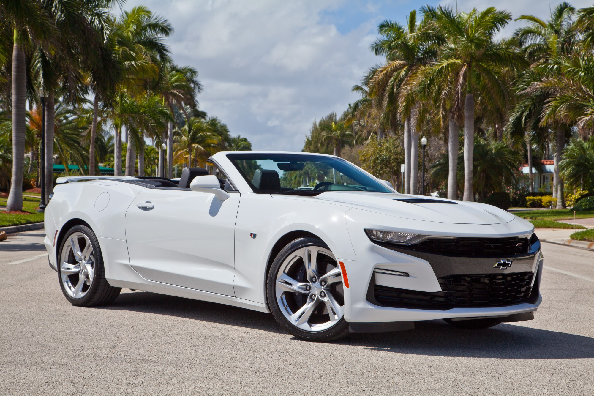 hight resolution of 2019 chevrolet camaro ss driven pictures photos wallpapers