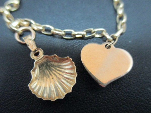 Tested 10k Yellow Gold Jewelry Charm Bracelet Scallop