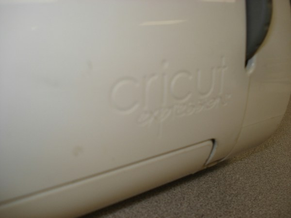 Cricket Expressions Crex001 White Electronic Cutting